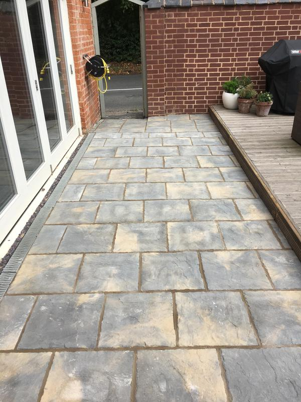 Image 209 - 450x450 winter stone slab patio these slabs are great value for money with the fantastic two tone effect