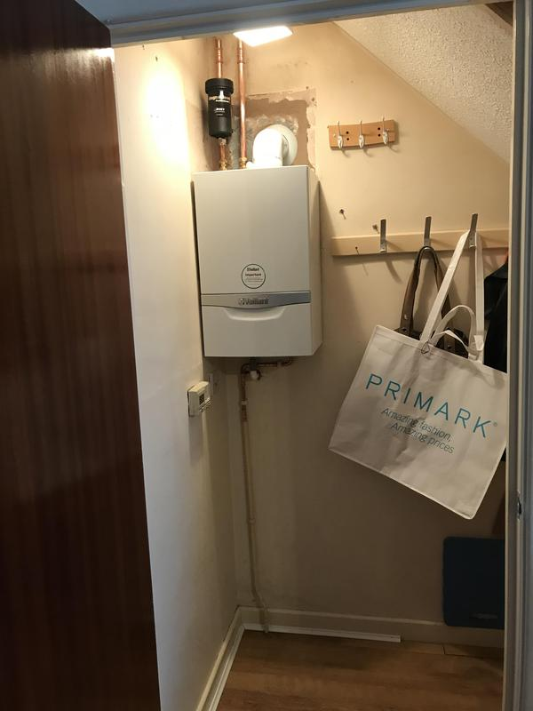 Image 5 - New heat only boiler vaillant eco etc plus 420 replacing an aging boiler.