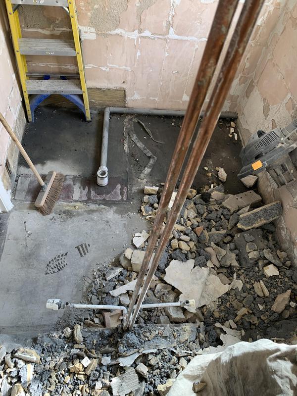 Image 47 - BEFORE. Dartford Bathroom