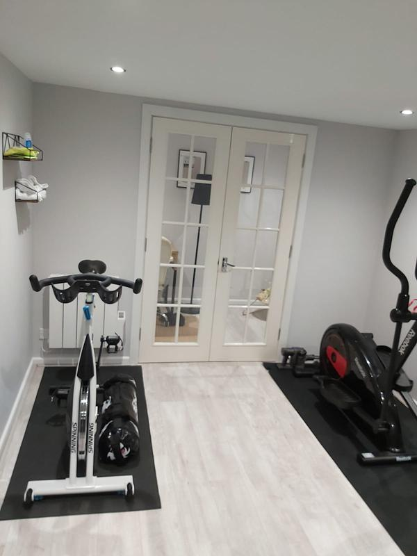 Image 36 - Garden gym fit out