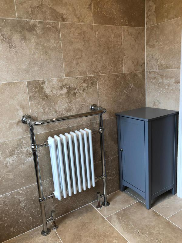 Image 61 - Traditional bathroom installed finished in natural travertine tiles
