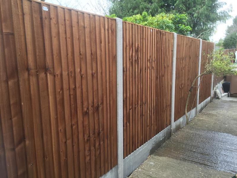 "Image 2 - This fence is constructed using 6' heavy duty closeboard fence panels and 12"" concrete gravel boards"