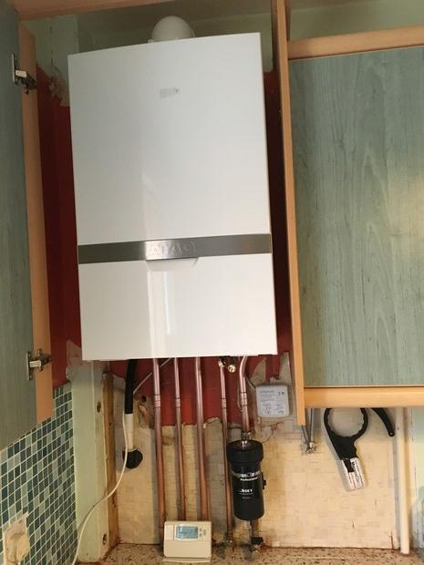 Image 6 - New ATAG iC 28kw Boiler with central heating filter