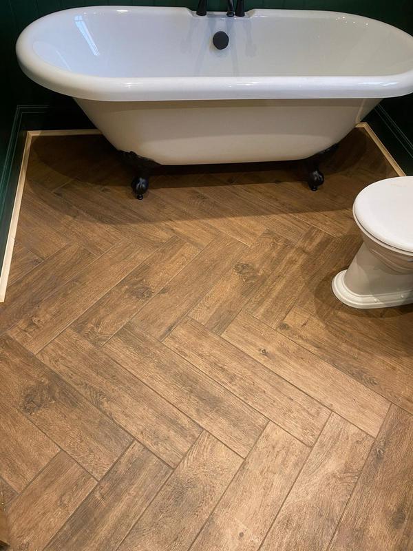 Image 2 - traditional style bathroom