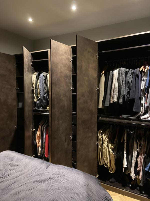 Image 65 - Bedroom wardrobe