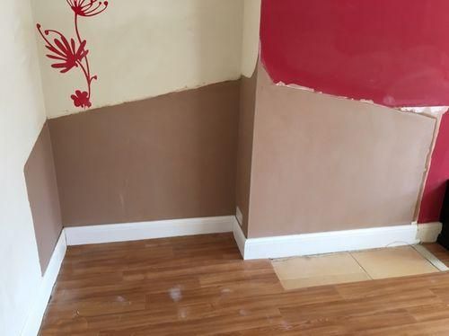 Image 4 - Finished plaster and skirting ready for decoration