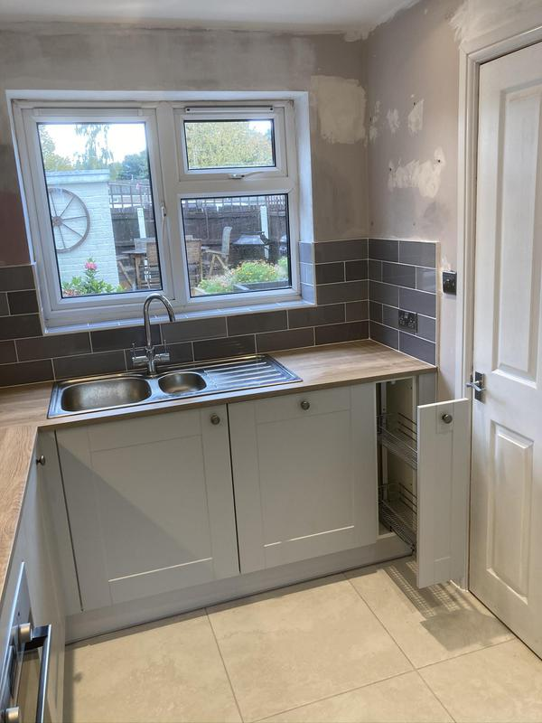 Image 5 - All kitchen, flooring, tiling completed on this one