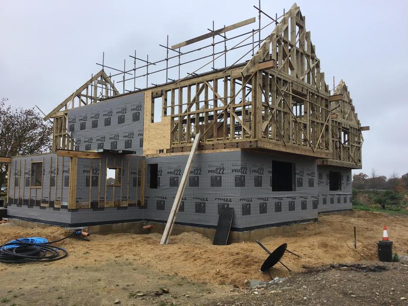 Image 21 - New house erection