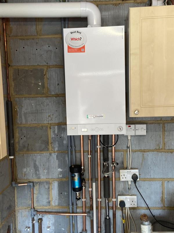 Image 7 - New Viessmann 35kw combination boiler installation in guildord