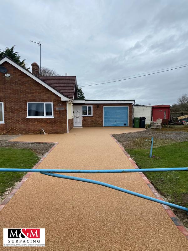 Image 15 - Resin bound driveway completed in Roman bronze