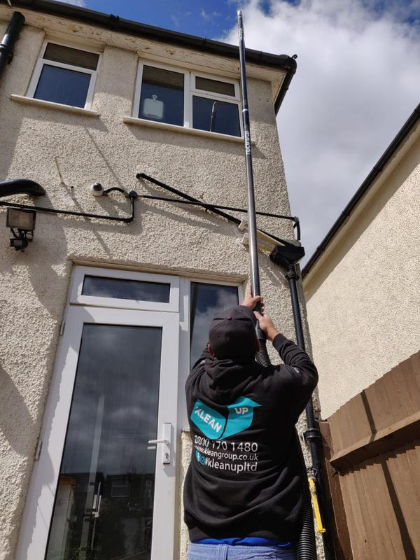 Image 11 - Gutter cleaning