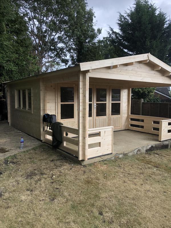 Image 56 - 58mm log cabin.