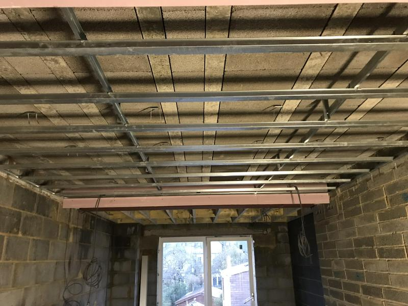 Image 21 - Suspended metal ceiling for plasterboards