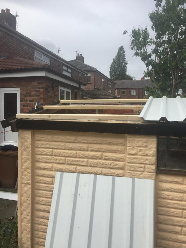 Image 44 - Timber frame for corrugated roof