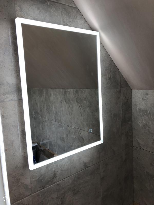 Image 76 - Bathroom mirror installation