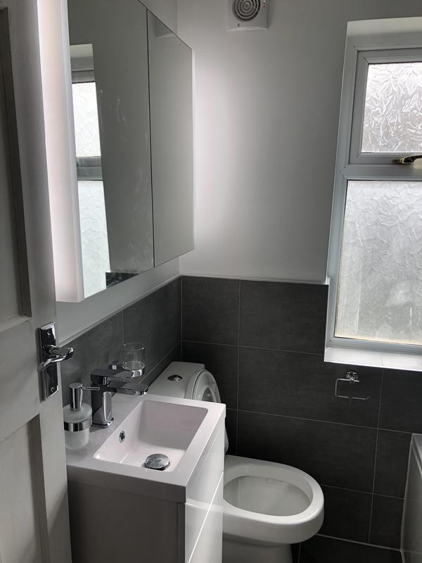 Image 22 - Bathroom