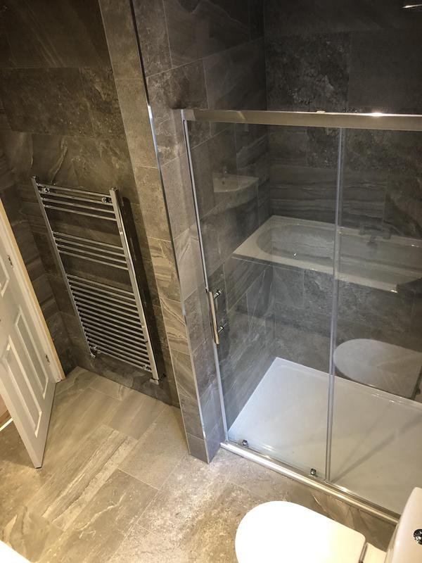 Image 22 - Bathroom