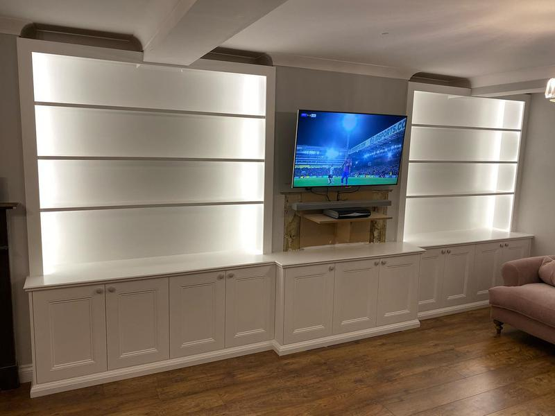 Image 5 - Fitted TV cabinet with Led lights