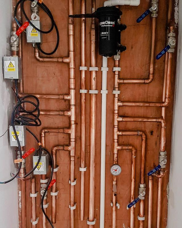 Image 36 - Medium system with pipework done in such way so there is no latent/return heat to the radiators during summer. This is serious problem which can affect you when pipework is not done correctly, even if motorised valves are in place.