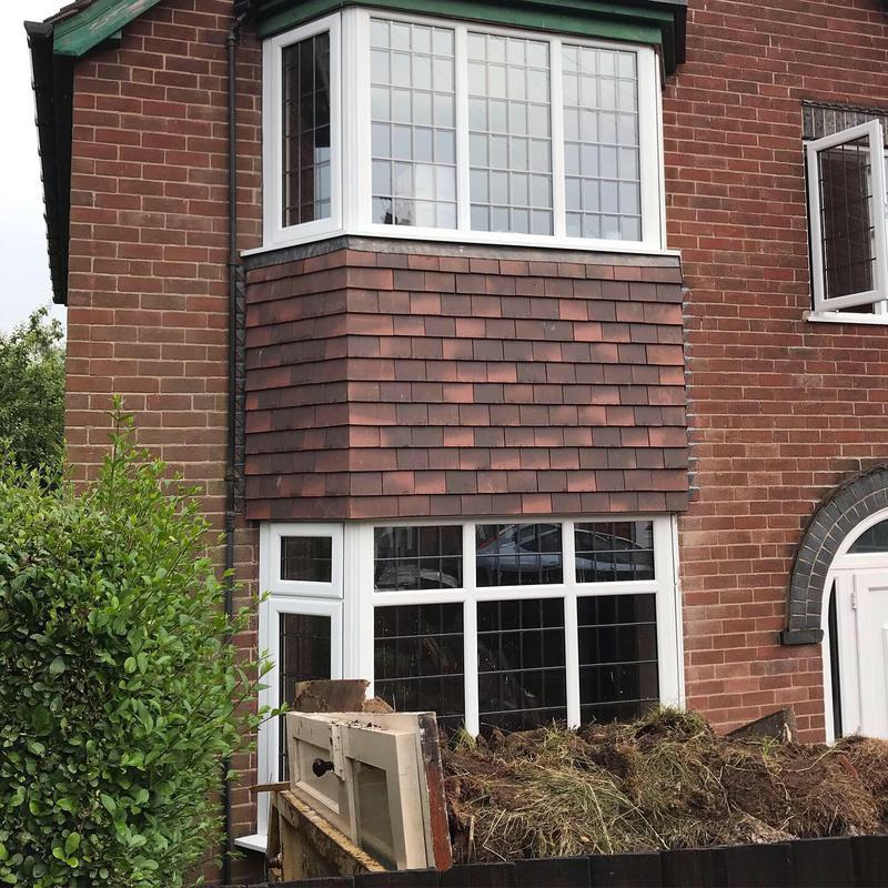 Image 15 - Tiled bay Windows