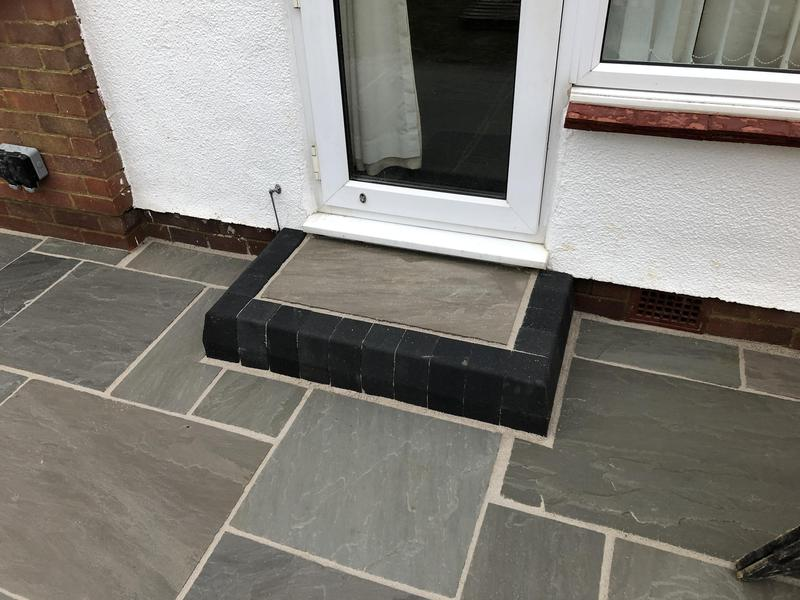 Image 57 - Grey multi sandstone in Beltinge