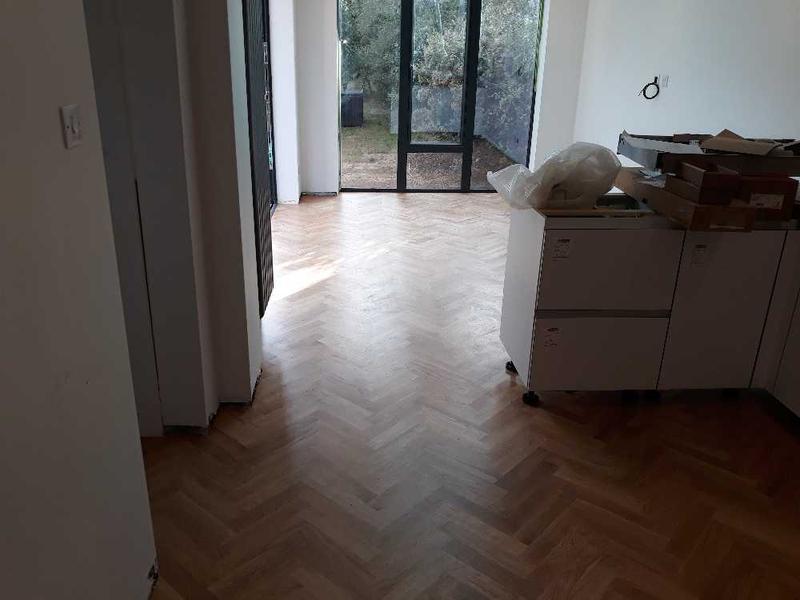 Image 88 - oak parquet flooring