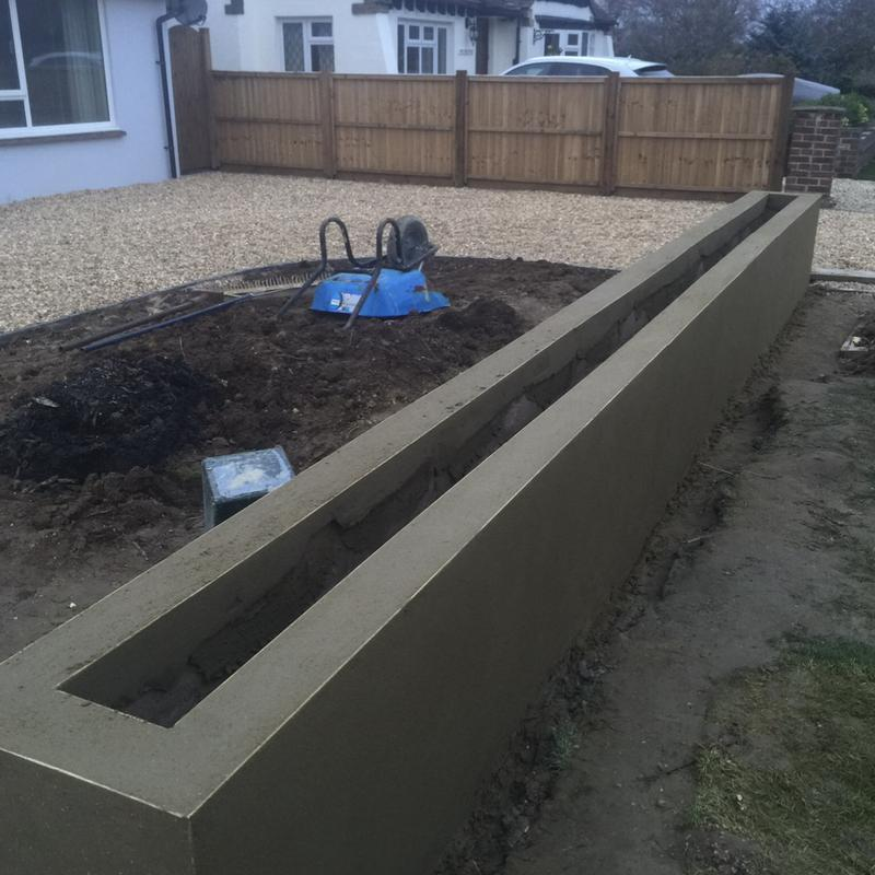 Image 8 - Whilst at a job doing the fencing, we ended up installing an in and out gravel driveway, as they had been quoted ridiculous prices and then the customer was let down by another contractor, so built them a block wall planter.