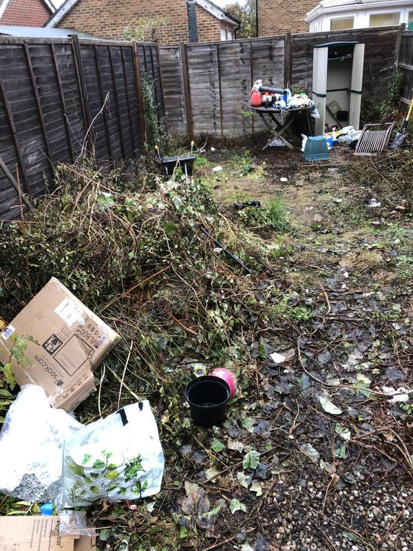 Image 86 - 1a complete garden returb