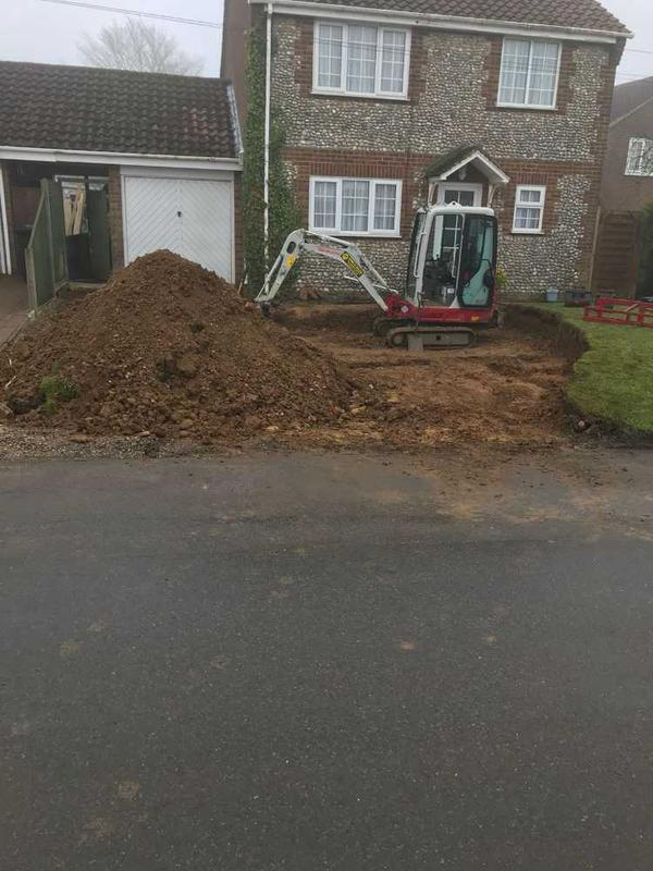 Image 34 - garden and driveway installation in great massingham