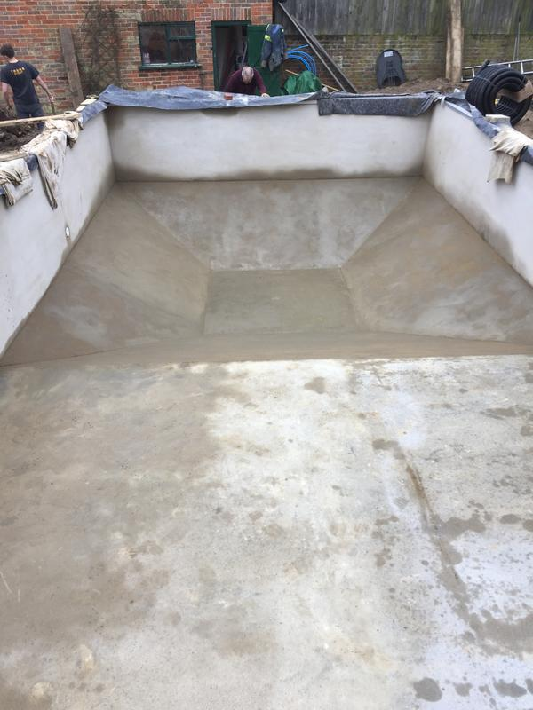 Image 14 - Finished pool ready for linier
