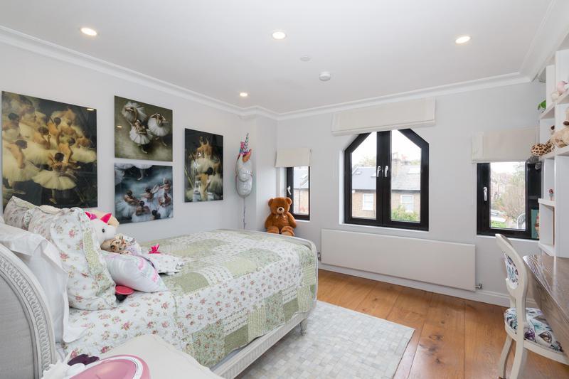 Image 39 - Refurbished bedroom