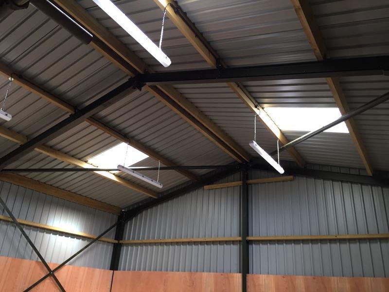 Image 15 - indrustral unit lighting