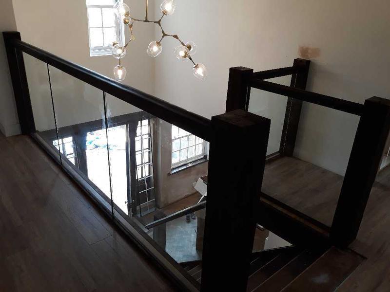 Image 92 - bespoke staircase