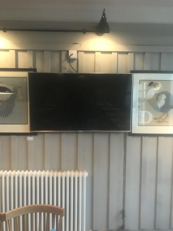 Image 40 - lcd & led tv wall mounting installation services