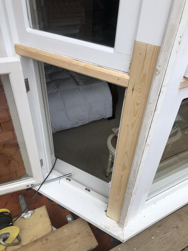 Image 31 - Timber repairs to casement windows