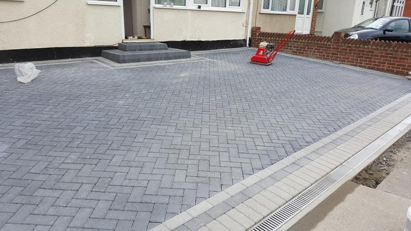 Image 29 - Block paving