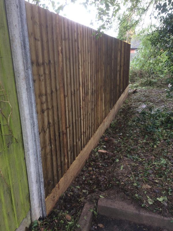 Image 21 - Feather board fence kenilworth nov 2019