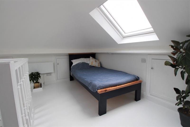 Image 6 - Attic conversion