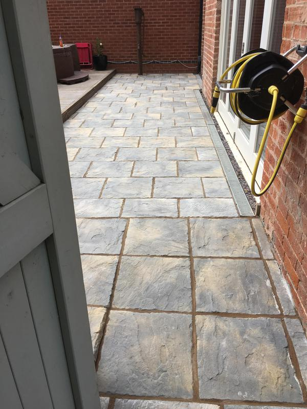 Image 210 - 450x450 winter stone slab patio these slabs are great value for money with their two tone colour affect