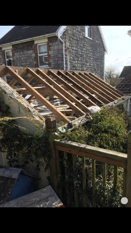 Image 43 - Garage roof stripped