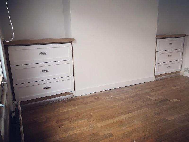 Image 5 - Alcove drawers
