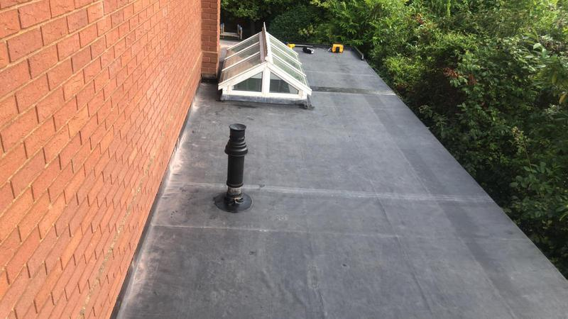 Image 1 - The final part of the house below, Firestone rubber fitted to the roof on the right, happy with the results.