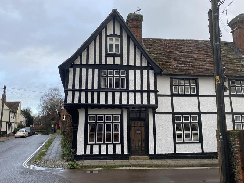 Image 4 - Absolutely stunning house, and yet another great example of our work. Complete renovation of exterior windows and beams and re painted all the exterior whilst carrying out bespoke repairs as needed.