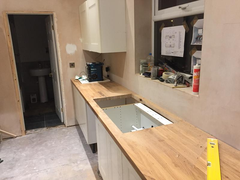 Image 25 - Oak worktops in the fitting stages