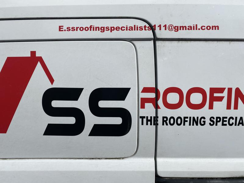 S&S Roofing Specialist logo