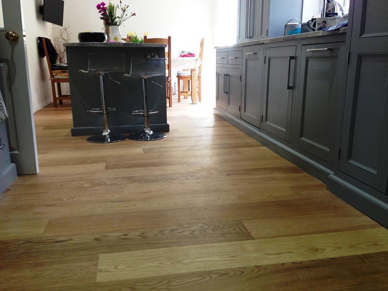 Image 5 - V4 A111 Engineered wood flooring