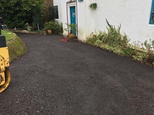 Image 94 - Tarmac driveway in Dorking
