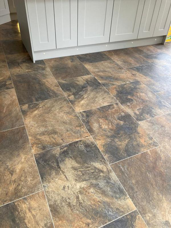 Image 34 - Karndean flooring