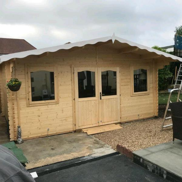 Image 9 - Shed assembled for a happy customer.