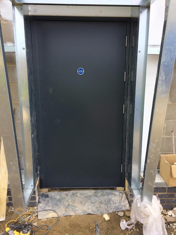 Image 34 - Single steel door set
